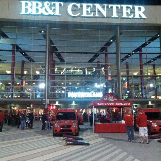 Foto tirada no(a) BB&T Center por Jonathan em 1/31/2013