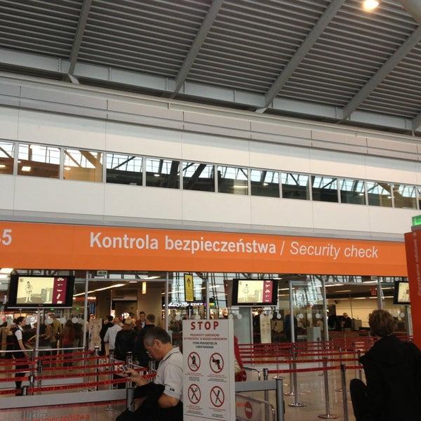 9/13/2013에 Diogo C.님이 바르샤바 쇼팽 공항 (WAW)에서 찍은 사진