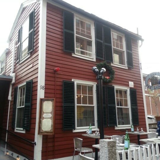 Haunted Places In Cambridge Ohio: The Red House Restaurant