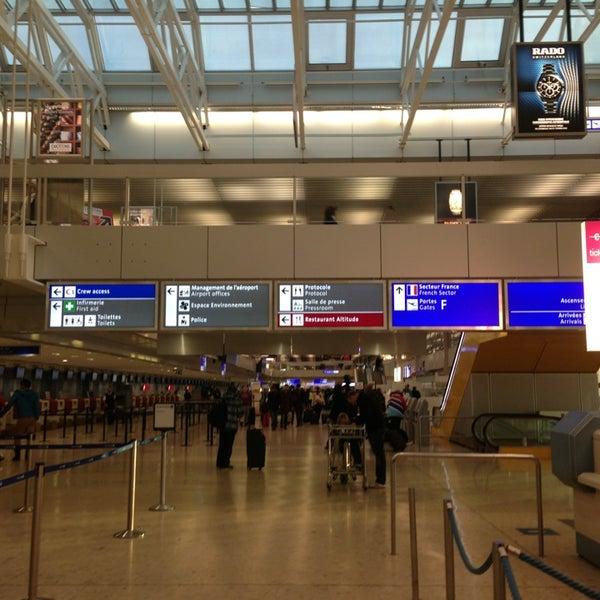 Photo prise au Aéroport de Genève Cointrin (GVA) par Alena D. le3/10/2013