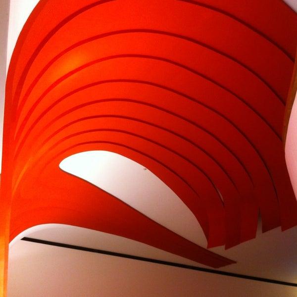 3/22/2013에 Rodolfo I.님이 Auditório Ibirapuera Oscar Niemeyer에서 찍은 사진