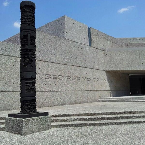 3/29/2013 tarihinde Alva M.ziyaretçi tarafından Museo Tamayo'de çekilen fotoğraf