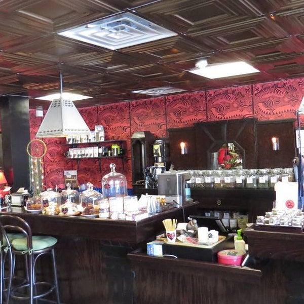 Foto scattata a Madame Zuzu's Tea House da Todor K. il 2/22/2016