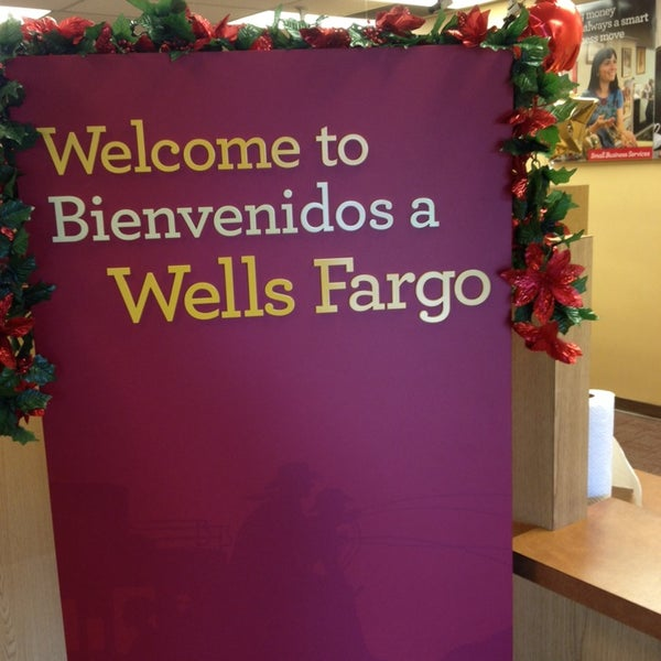 Photos at Well Fargo Bank - Bank in Bakersfield