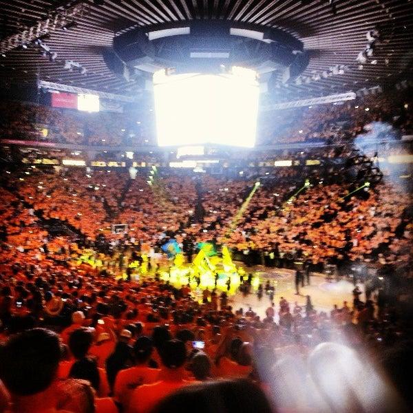 รูปภาพถ่ายที่ Oakland Arena โดย Daniel เมื่อ 4/27/2013