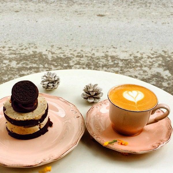 Foto tirada no(a) Deal Coffee Ekspress por No 41 Coffee em 3/14/2015