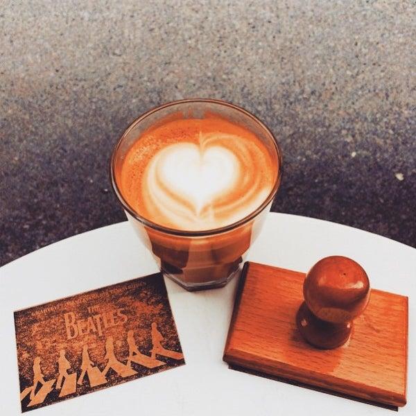 Foto tirada no(a) Deal Coffee Ekspress por No 41 Coffee em 3/5/2015