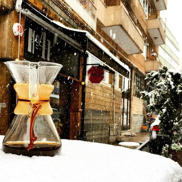 Foto tirada no(a) Deal Coffee Ekspress por No 41 Coffee em 2/18/2015