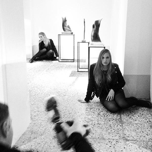 Photo prise au Bugno Art Gallery par Veneziadavivere le10/28/2013