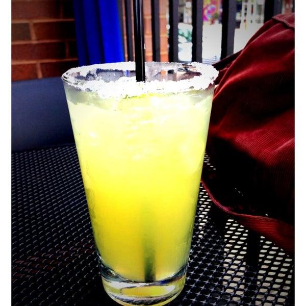 7/16/2013 tarihinde Renee H.ziyaretçi tarafından Union Cafe'de çekilen fotoğraf