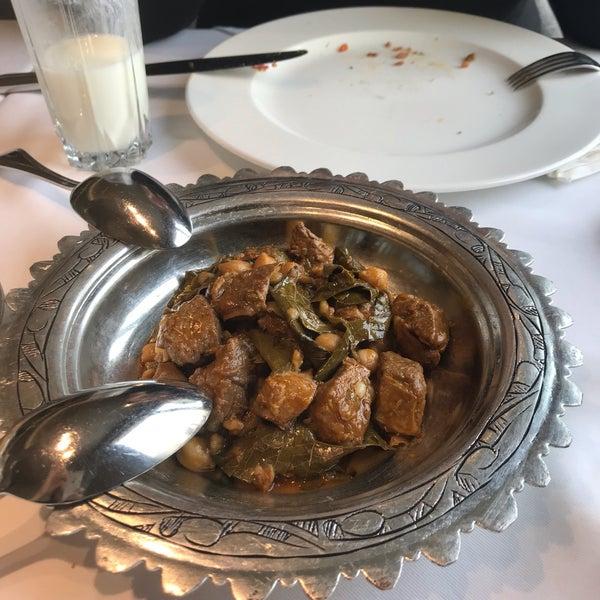 Foto tirada no(a) Seraf Restaurant por Dilruba U. em 4/25/2019