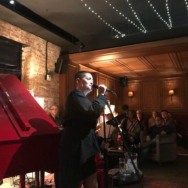 9/15/2018에 JoAnne K.님이 NYLO New York City에서 찍은 사진
