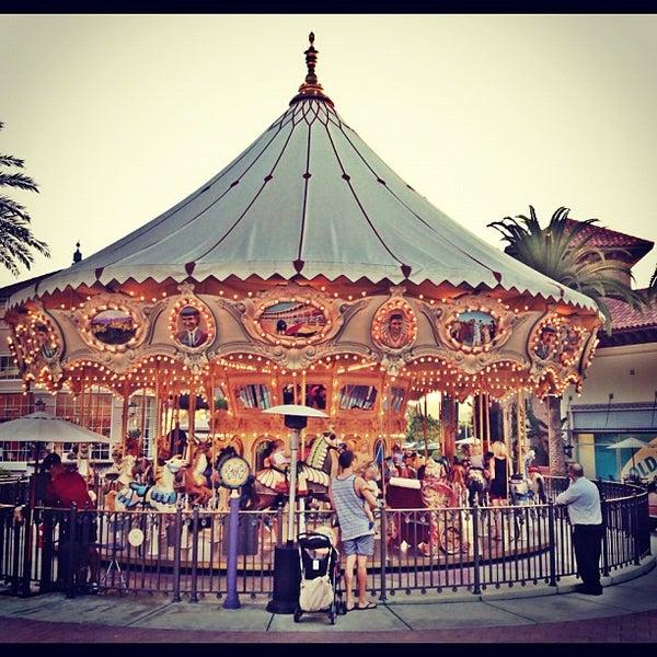Снимок сделан в Irvine Spectrum Center пользователем The A. 10/2/2012