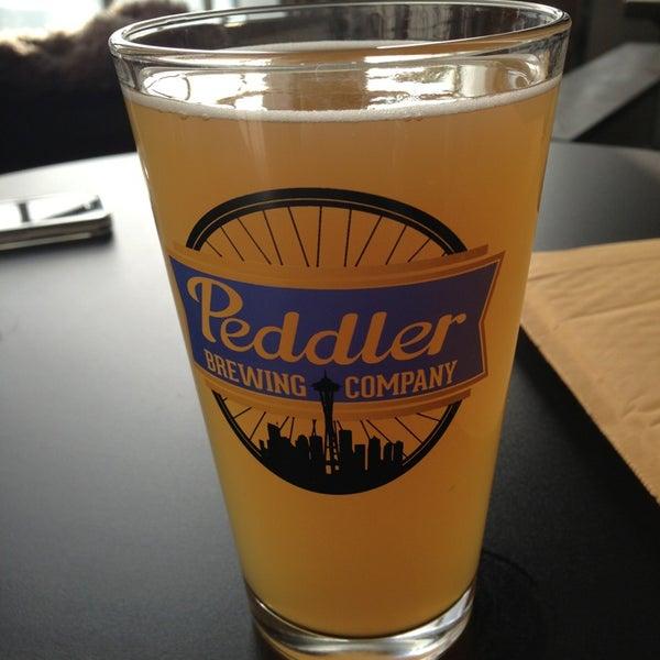 Снимок сделан в Peddler Brewing Company пользователем Tyler L. 2/24/2013