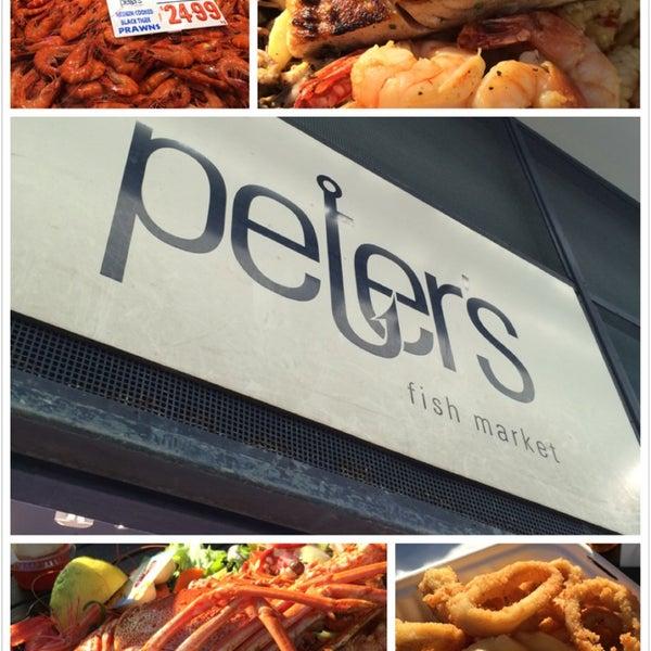 Foto scattata a Peter's Fish Market da Chelsea L. il 6/22/2014
