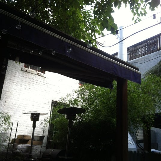 10/14/2012 tarihinde Vanessa S.ziyaretçi tarafından Apartment 138'de çekilen fotoğraf