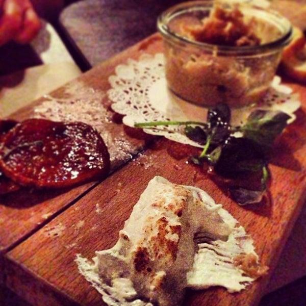 1/28/2013にJessica R.がThe Federal Food Drink & Provisionsで撮った写真