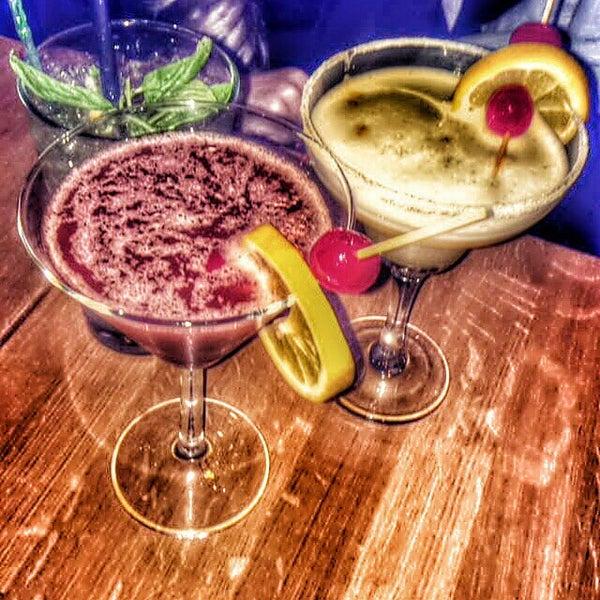 Foto tomada en Boon Cafe & Restaurant por Gülcan K. el 4/6/2015