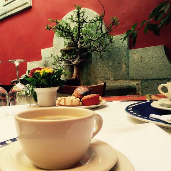 Photo prise au Catedral Restaurante & Bar par Rocio e. le4/25/2015