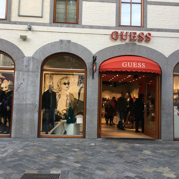 il migliore vende top design Photos at GUESS Outlet - 866 visitors