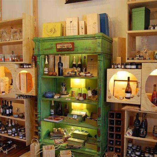 En Barrio Italia compra tus regalos en la Despensa 1893 Gourmet en Av. Italia 1634