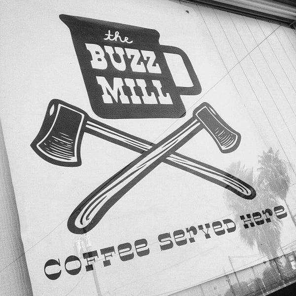 Das Foto wurde bei Buzzmill Coffee von Lisa M. am 1/20/2013 aufgenommen