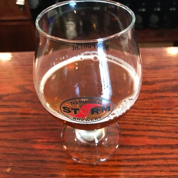Das Foto wurde bei Newport Storm Brewery von John F. am 5/1/2017 aufgenommen