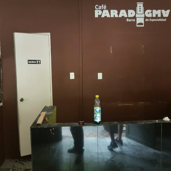 รูปภาพถ่ายที่ Paradigma โดย Arturinho C. เมื่อ 9/8/2016