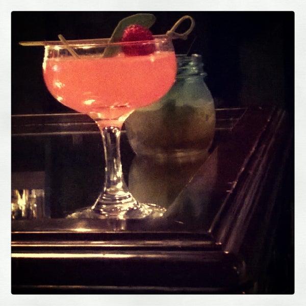 Foto tomada en The Lady Silvia Lounge por kristin f. el 8/5/2014