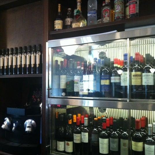 Foto diambil di Bar du Marché oleh Mariela I. pada 9/22/2012