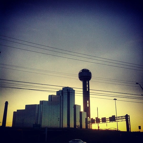11/3/2012にCecil D.がReunion Towerで撮った写真