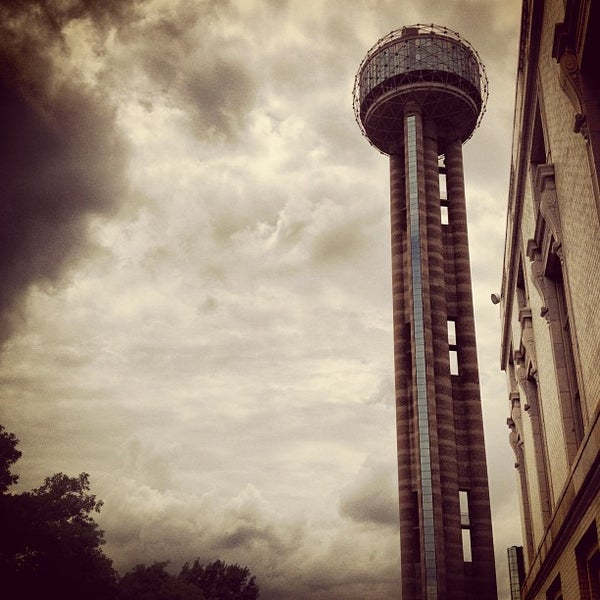5/25/2013にCecil D.がReunion Towerで撮った写真