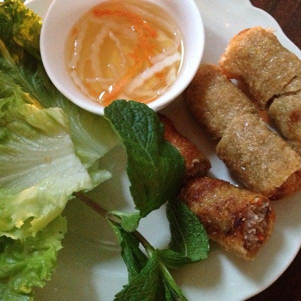 Foto tomada en Falansai Vietnamese Kitchen por Katja S. el 5/12/2013