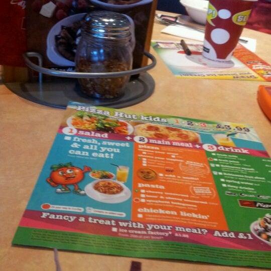 Photos At Pizza Hut 2 Tips