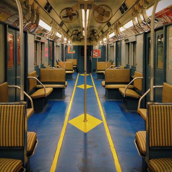 รูปภาพถ่ายที่ New York Transit Museum โดย Tyson G. เมื่อ 4/20/2014