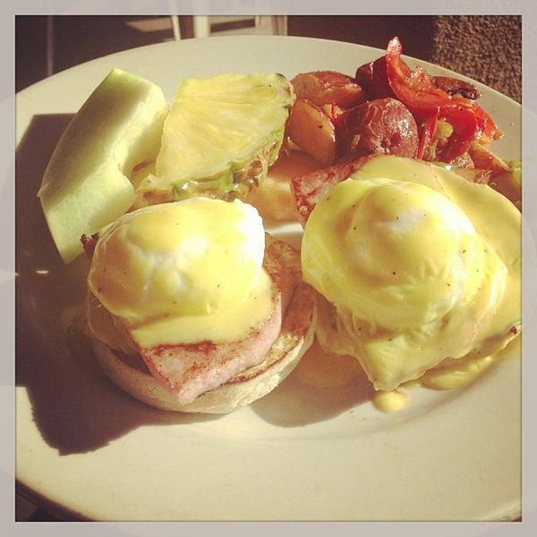 Photo prise au Breakfast Club par Q le4/5/2013