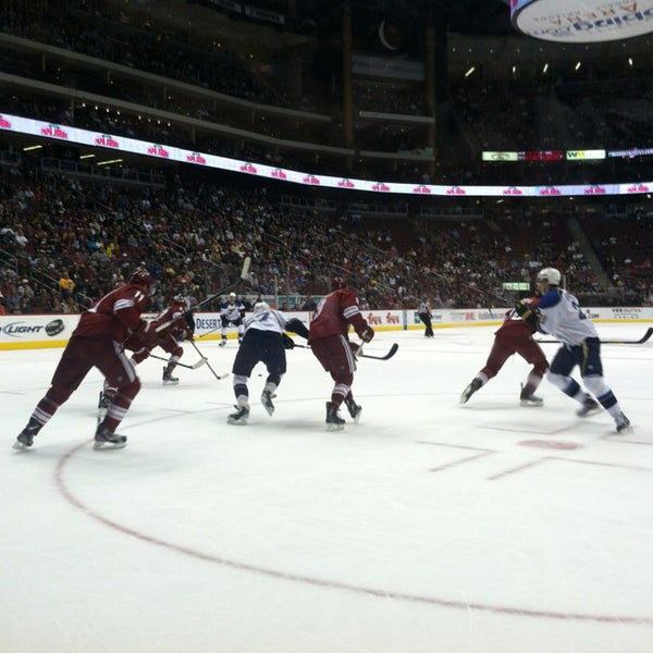 Photo prise au Gila River Arena par Jesse S. le3/8/2013