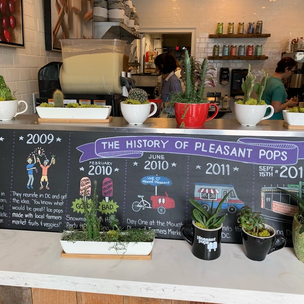 4/13/2019 tarihinde Alex💨 R.ziyaretçi tarafından Pleasant Pops Farmhouse Market & Cafe'de çekilen fotoğraf