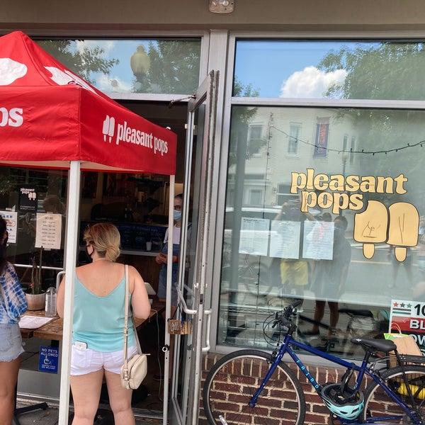 Foto scattata a Pleasant Pops Farmhouse Market & Cafe da Alex💨 R. il 7/25/2020