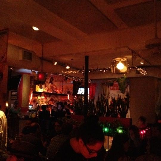 Das Foto wurde bei Bogota Latin Bistro von Brielle N. am 10/7/2012 aufgenommen