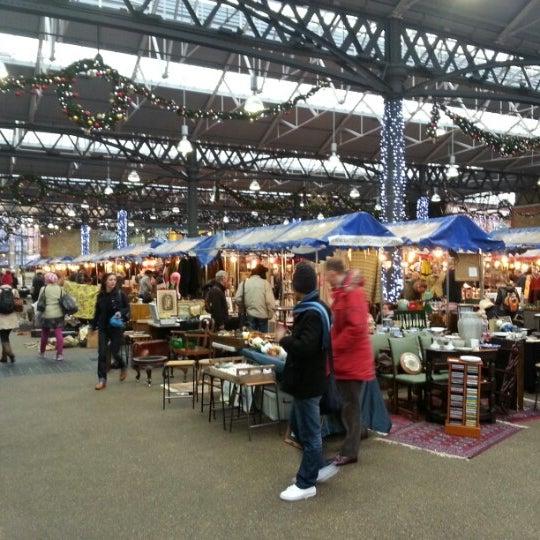 Foto tomada en Old Spitalfields Market por Philip H. el 12/20/2012
