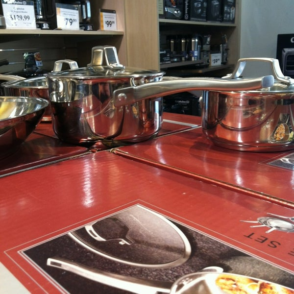 Calphalon Kitchen Outlet - Furniture / Home Store in Cypress