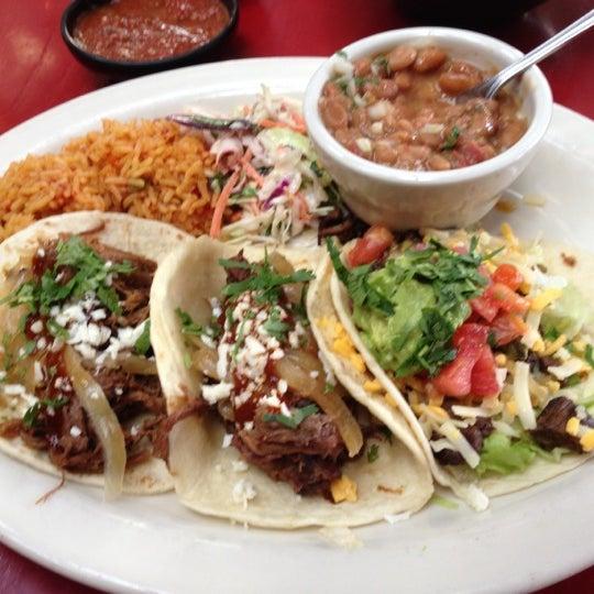 Foto scattata a Paco's Tacos & Tequila da D'Art S. il 10/12/2012