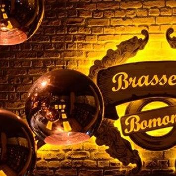 Photo prise au Brasserie Bomonti par Erman B. le6/21/2013