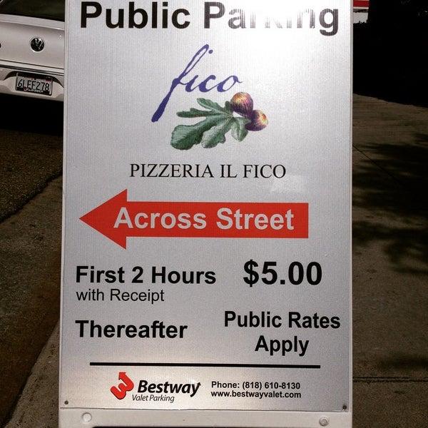Foto scattata a Pizzeria Il Fico da John T. il 3/1/2015