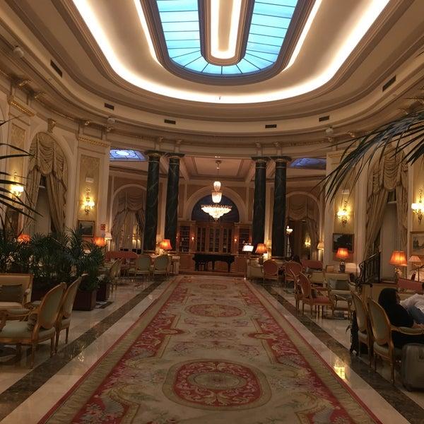 Foto tirada no(a) El Palace Hotel Barcelona por Alèxia S. em 5/10/2019