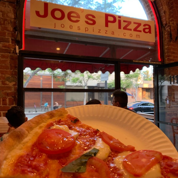 Photo prise au Joe's Pizza par 👑 le7/12/2019