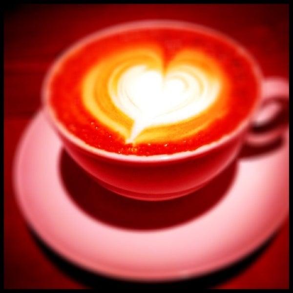 Foto diambil di Brew Lab Coffee oleh AmanDa A. pada 2/8/2013