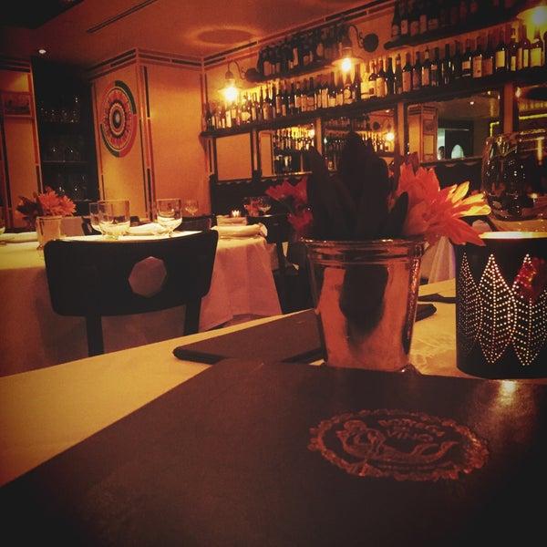 Foto diambil di Bottega del Vino oleh Nouf A. pada 11/17/2015