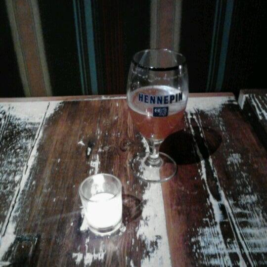 11/16/2012にNoah @Noah_Xifr X.がMaslow 6 Wine Bar and Shopで撮った写真